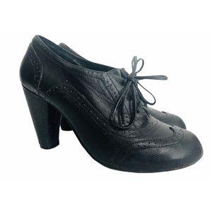 Jeffrey Campbell Granny WingTip Oxford Heels BlK 8